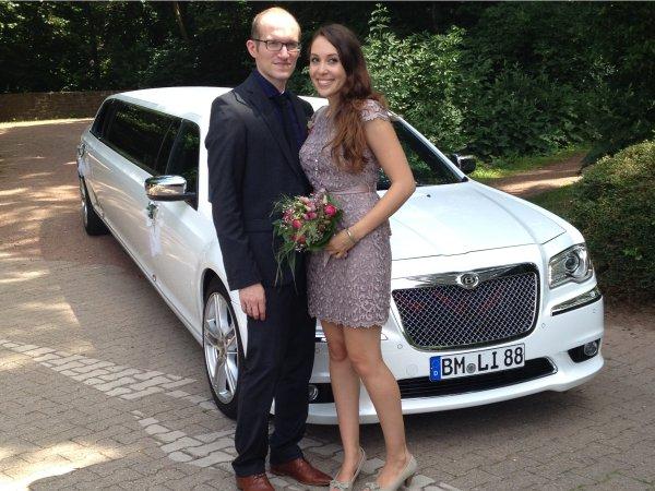 Hochzeit mit der Chrysler 300 Stretchlimousine
