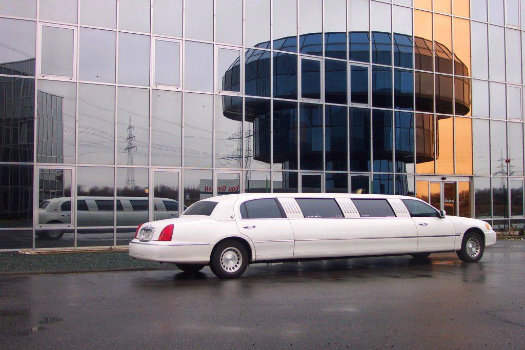 Limousine mieten in Bergheim. Stretchlimousine mieten in Bergheim