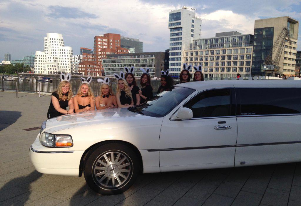 limousine mieten in d sseldorf star limos. Black Bedroom Furniture Sets. Home Design Ideas