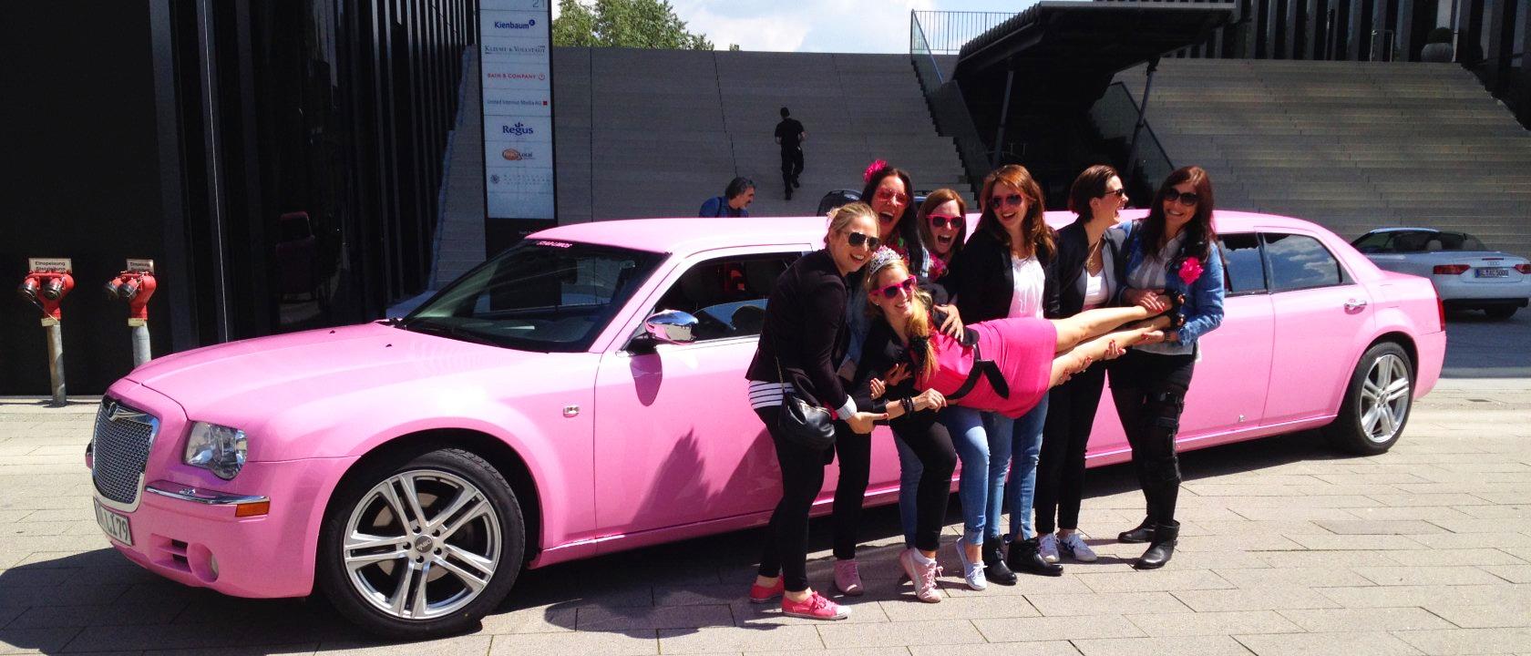 Chrysler Stretchlimousine in pink von Star-Limos mieten